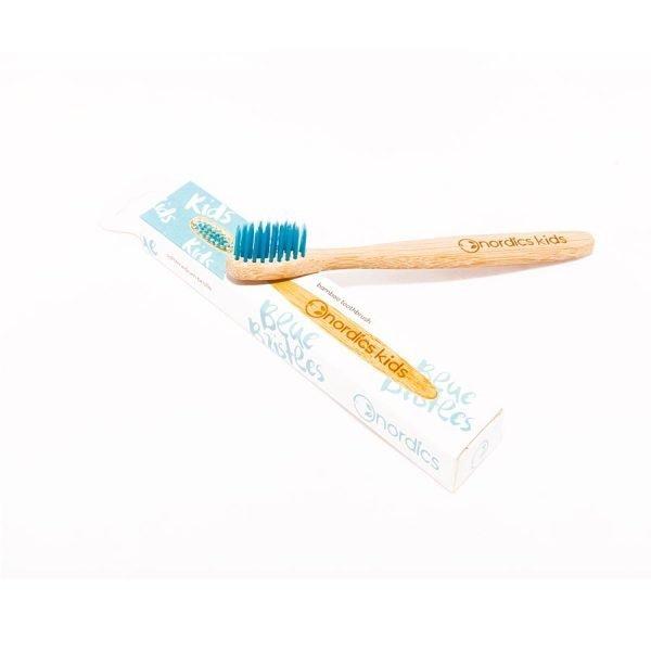 Kids' blue bristles